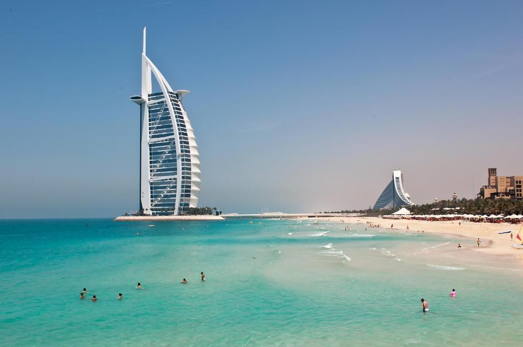 Дубай – дързост и чар