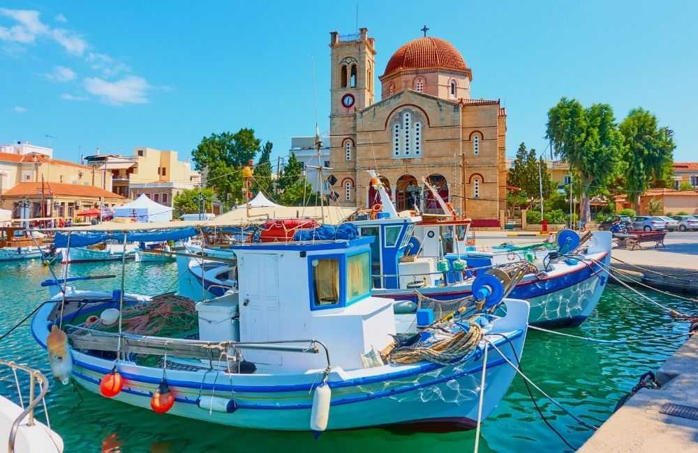Остров Егина, Неа Макри и Атина
