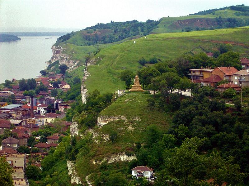 По Дунава – Никопол и Свищов